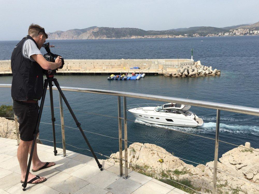 Fionn filming Cecienne